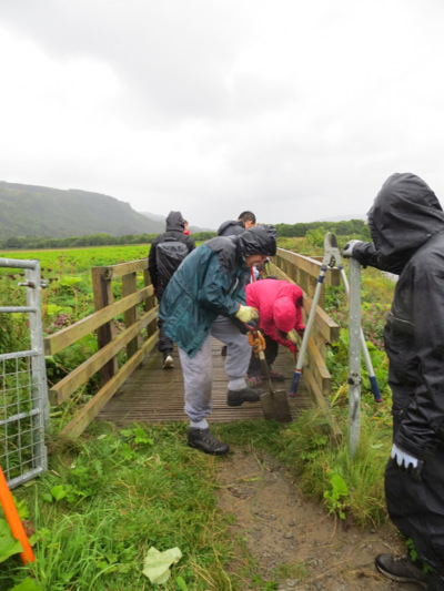 Upper Tay Path Group volunteers working on a bridge ©Upper Tay Paths Group