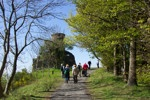 Walkers approaching Kinnoull Tower