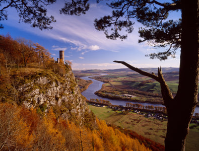 Kinnoull Hill Tower © David Robertson / Alamy Stock