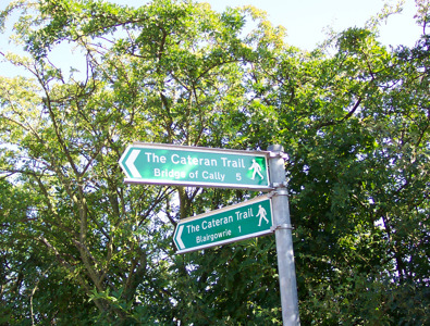 Bridge of Cally and Blairgowrie signposts